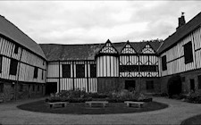 Ghost Hunt @ Gainsborough Old Hall With Simply Ghost Nights