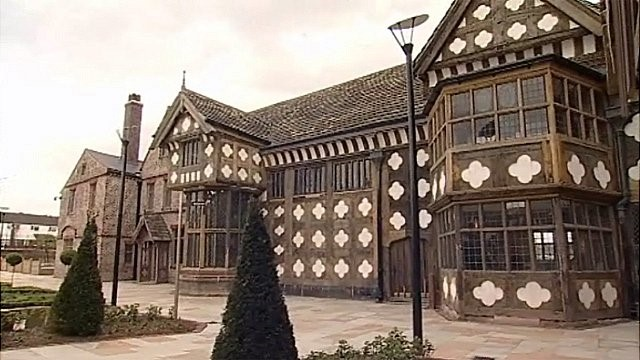 Ghost Hunt @ Ordsall Hall, With Simply Ghost Nights